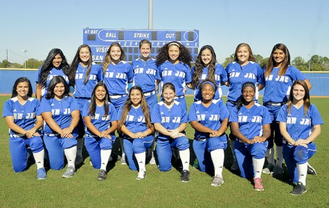 Women's Softball Soars and Sinks in Doubleheader With Alvin