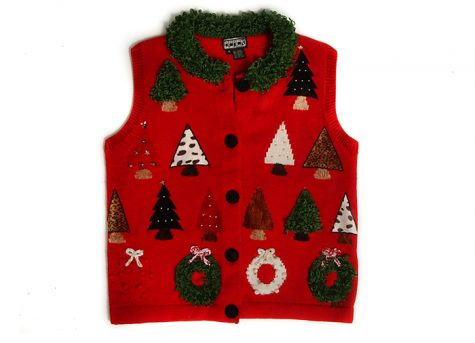 Pharmacy Tech Wraps Semester With 'Ugly Sweater' Festivities