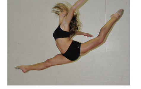 Dance Dept ends year with Applause