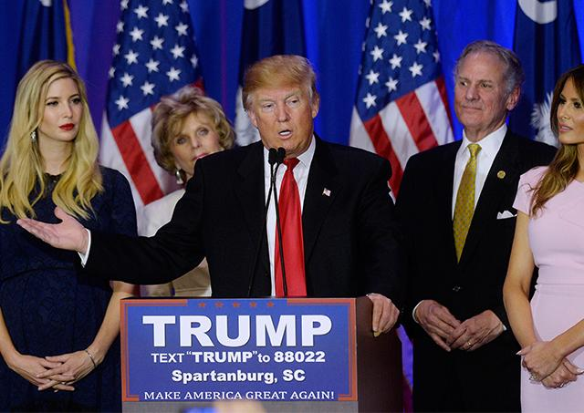 Republican+presidential+candidate+Donald+Trump+%28center%29%2C+flanked+by+his+daughter+Ivanka+%28left%29%2C+and+his+wife+Melania+Trump%2C+speaks+during+a+primary+watch+party+at+the+Marriott+on+Feb.+20+in+Spartanburg%2C+S.C.%0A