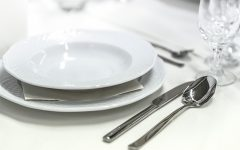 Career Services Hosts Dining Etiquette Luncheon